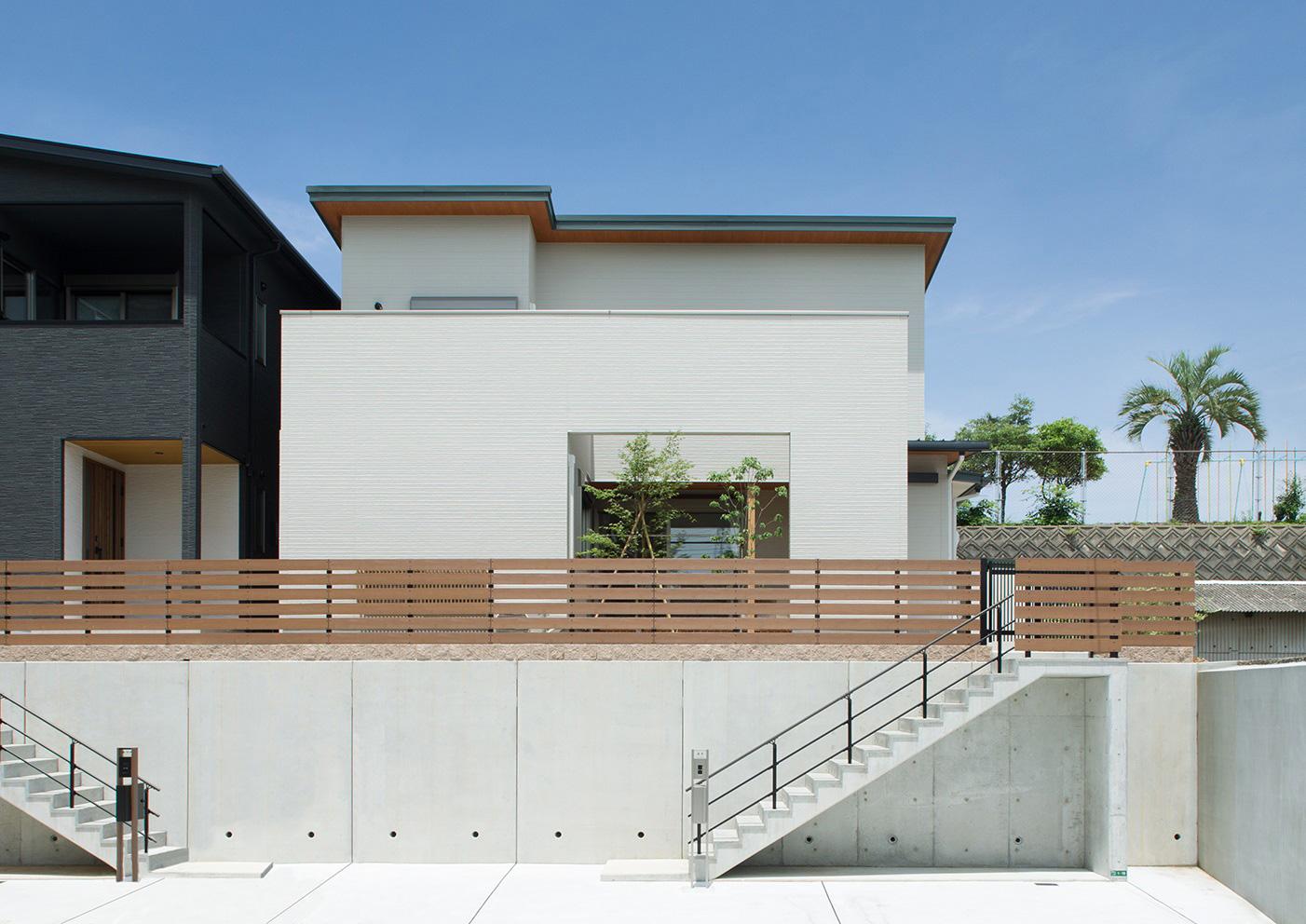 シンプルな大人の家